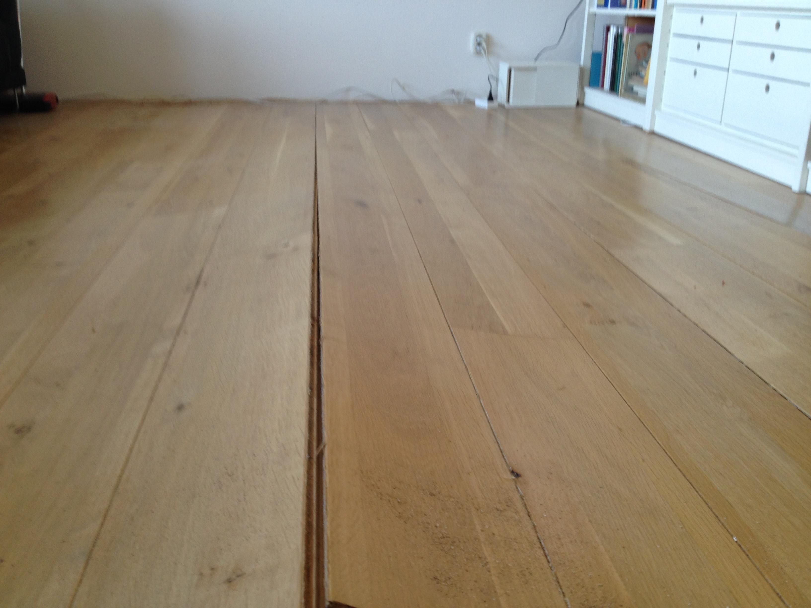Waterschade houten vloer waterschade.eu